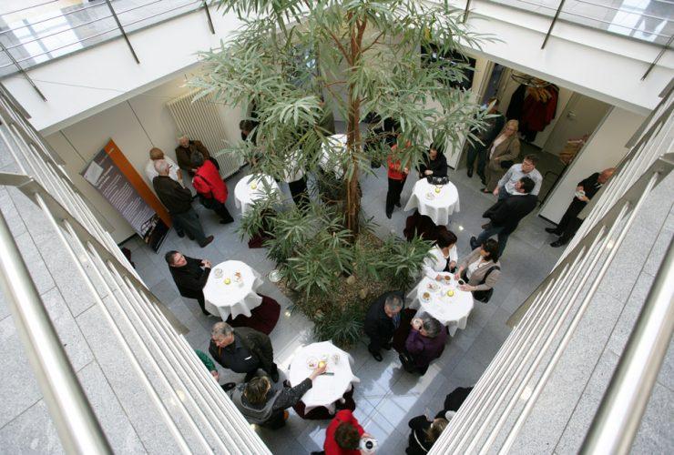 deS_Feierhalle_und_Cafe_1