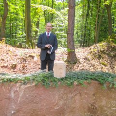 Trauerrede im Bestattungswald