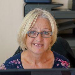 Ingrid Mayer berät zur Bestattungsvorsorge