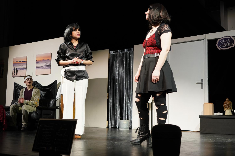 """Permalink to:Premiere des Theaterstücks """"Sarg und Nagel"""""""